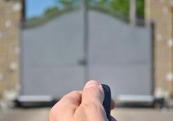 Apertura cancello automatico con telecomando